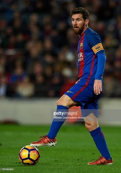Lionel Messi of Barcelona controls the ball during the La Liga match between FC Barcelona and UD Las Palmas at Camp Nou Stadium on January 2017 in Barcelona, Spain. Antonella Roccuzzo, Argentina National Team, Club World Cup, Messi 10, Age 30, Football Wallpaper, Soccer Tips, January 14, Camp Nou