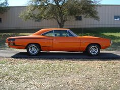 """The very popular Camrao A favorite for car collectors. The Muscle Car History Back in the and the American car manufacturers diversified their automobile lines with high performance vehicles which came to be known as """"Muscle Cars. Dodge Super Bee, Dodge Charger, Charger Rt, Mopar, Dodge Srt, Dodge Muscle Cars, Best Classic Cars, Us Cars, Jeep Cars"""