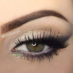 soft look by @Linda Bruinenberg Bruinenberg Murrieta #anastasiabeverlyhills #anastasiabrows #makeup #sparkle