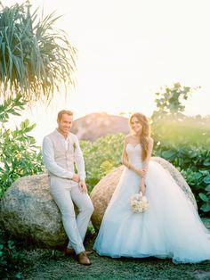 В марте этого года, когда зима в Москве еще в самом разгаре, мне посчастиливилось отправиться в Тайланд, снимать свадьбу Игоря и Марии. Свадьба была не обычной…