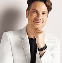 Cameron Silver, representing H by Halston with incredible talent & insight. Global celebrity stylist, international best-selling author and style authority, Cameron Silver, is the Fashion Director of H by Halston, lending his knowledge and passion for the brand.