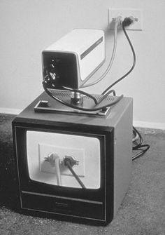 tv enchufe byn
