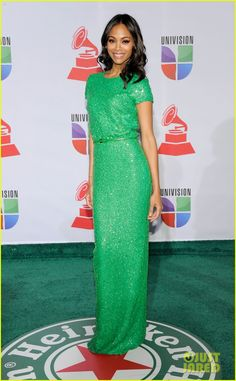 Zoe Saldana is gorgeous in green as she arrives at the Latin Grammy Awards, held at the Mandalay Bay Resort & Casino on Thursday (November in Las Vegas. The actress rocked a kelly green sequin crew neck gown with cap sleeves and a slim belt by Elie Saab. Ellie Saab Gowns, Elie Saab Dresses, Cap Sleeve Gown, Cap Sleeves, Green Gown, Green Maxi, Vogue, Zoe Saldana, Red Carpet Dresses