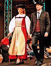 Bildergebnis für schweizer trachten mieten