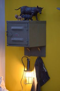maisonbelle-gele-muur-kinderkamer