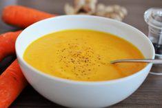 Chutná mrkvová polievka nabitá vitamínmi. Obsahuje zázvor či kokosové mlieko. Spolu tvoria kombináciu, po ktorej sa nebudete môcť prestať oblizovať. Soup Recipes, Vegetarian Recipes, Home Food, Healthy Snacks, Tofu, Paleo, Food And Drink, Baking, Dinner