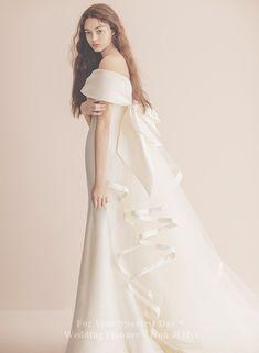 Wedding Styles, Wedding Photos, Wedding Ideas, Wedding Girl, Formal Dresses, Wedding Dresses, One Shoulder Wedding Dress, Lace Dress, Ball Gowns