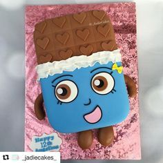 #Repost @_jadiecakes_ ・・・ Cheeky Chocolate Shopkins cake!  My daughter LOVES these things too  Bow and letter mold from @christinesmolds2