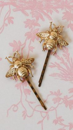 Gold BEE Hair Accessories Bumblebee Bobby Pin Set