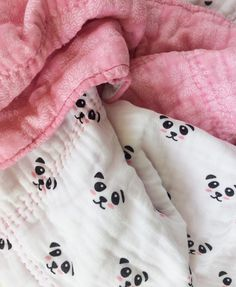 Cutest EVER Double Gauze Panda Quilt Tutorial | Riley Blake Designs