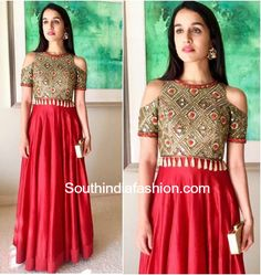 Shraddha Kapoor in Arpita Mehta at her best friend's Mehendi