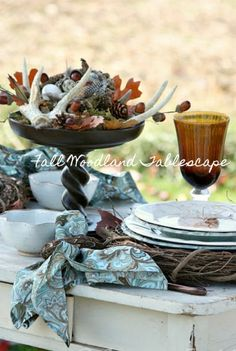FALL WOODLAND TABLE-