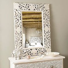 I'm in love #morocco#moroccan#oriental#dubai#design#decor#modern#interior#interiordesign#craft#traditional#bohemian#chic#cosy#house#home#room#linvingroom#white#silver#gold#mirror#bed#bedroom#details#style#candles#inspiration#instagram#instagood