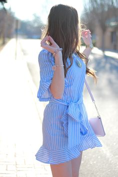 <blue striped bow dress under $25>
