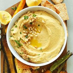 Butternut-Kürbis-Hummus | Minimalistische Baker Rezepte