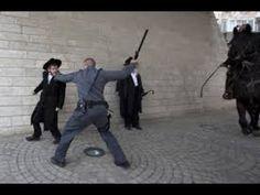Hundreds of ultra-Orthodox Jews Clash With Police in Jerusalem Over Arrest of Draft Dodgers Riot Police, Image Shows, Jerusalem, Dodgers, Photo And Video, Walks, Holi, Israel, Pray