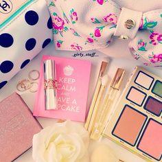 Girly stuff Cute Makeup, Pretty Makeup, Hair Makeup, Beauty Makeup, Hair Beauty, Pink Makeup, Makeup Looks, Girly Stuff, Girly Things