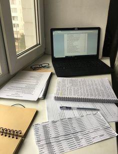 School Organization Notes, Study Organization, School Notes, School Study Tips, Pretty Notes, Study Space, Study Hard, Study Inspiration, Studyblr