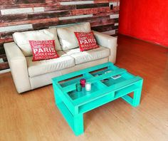 turquoise-green-painted-pallet-coffee-table-with-glass-top.jpg 960×808 pixels