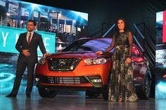 Cada año la industria automovilística presenta nuevos modelos de sus autos, para…