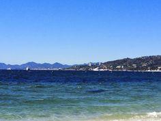 Pode prender a respiração, é de perder o fôlego mesmo, o mar é exatamente isso. Tá esperando o que? Acesse: www.crodites.com e peça seu roteiro personalizado Cote d'Azur, Riviera Francesa: descobrindo os melhores lugares pra sua proxima viagem: Antibes