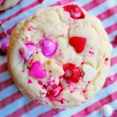 Almond Sugar Valentine Cookies @keyingredient #cake
