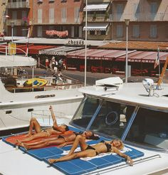 For Sale on - Saint-Tropez Sunbathers (Slim Aarons Estate Esdtion), Lambda Print by Slim Aarons. Slim Aarons, European Summer, Italian Summer, Saint Tropez, Summer Aesthetic, Retro Aesthetic, Color Photography, Vintage Photography, Photography Aesthetic