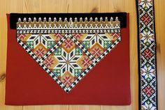 Bunad og Stakkastovo AS Crochet Bedspread, Hardanger Embroidery, Bead Crochet Rope, Beadwork, Elsa, Costumes, Beads, Girdles, Beading