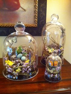 Easter Party Decorations: I have a few cloches at a great price in my online st. - Easter Party Decorations: I have a few cloches at a great price in my online store but I never tho - Ostern Party, Diy Ostern, Easter Table, Easter Eggs, Cloche Decor, Seasonal Decor, Holiday Decor, The Bell Jar, Bell Jars