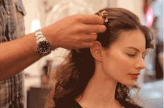 How to Wear a Hair Comb Like Keira Knightley -- The Cut