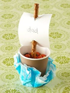 easy father's day craft for kids by mavis