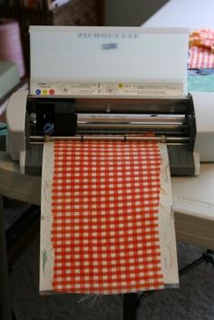 Tips for cutting fabric in Silhouette