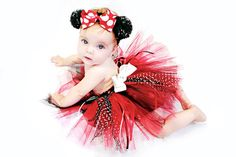 Cute Minnie mouse tutu and headband with sequence.