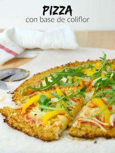 Pizza con base de coliflor   Cuuking! Recetas de cocina Coliflour Recipes, Kitchen Recipes, Veggie Recipes, Baby Food Recipes, Healthy Cooking, Healthy Snacks, Healthy Eating, Healthy Recipes, Comida Keto