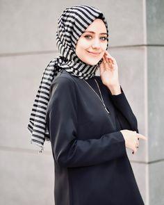 Hijab Wear, Hijab Outfit, Hijabi Girl, Girl Hijab, Hijab Wedding Dresses, Bridesmaid Dresses, Dress Wedding, Bollywood Fashion, Hijab Fashion