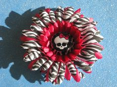 Monster High zebra daisy flower hair clip by AMAYABELLA on Etsy, $5.00