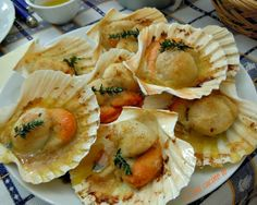 Baked scallops - Baked scallops Best Picture For fall recipes For Your Taste You are looking for something, and it - Fish Recipes, Seafood Recipes, Snack Recipes, Cooking Recipes, Cooking Time, Coquille St Jacques, Baked Scallops, Around The World Food, Best Italian Recipes