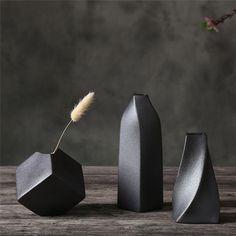 Cheap Vases, Maila, Decoration Design, Modern Ceramics, Pottery Vase, Slab Pottery, Thrown Pottery, Ceramic Pottery, Cement