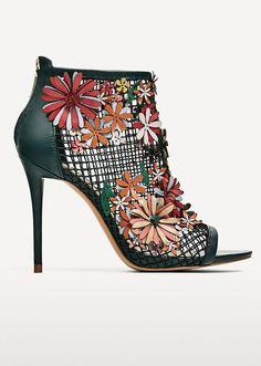 Shop @zaraofficial's latest spring-ready footwear trends via @STYLECASTER | Zara Floral Mesh Sandals, $139