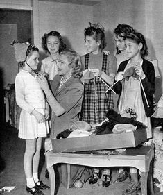 """""""1940 Madeleine Carroll :     the Hollywood star asked other stars ' daughters…"""