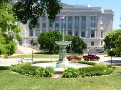 Missouri state Capitol Fountain Garden
