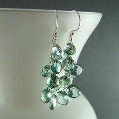 Green quartz earrings (surfandsand at etsy.com)