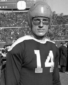 Packer Hall of Fame Players | don hutson photos