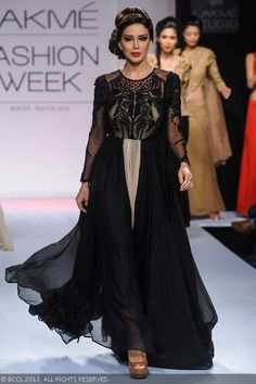 LFW'13: Astha Narang- The Times of India Photogallery Page 3