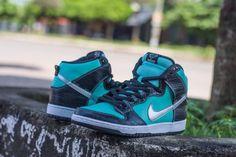 Nike SB Dunk High 'Tiffany'