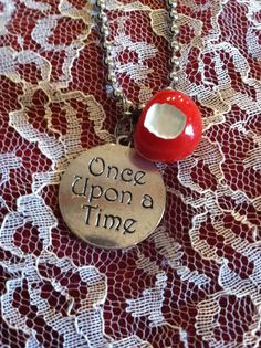 Sale Once upon a time snow white necklace by KaelysKountryKorner, $9.00