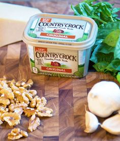 Country Crock® brings the taste of the country to any occasion with recipes as easy to make as they are delicious to eat. Explore our collection of recipes. Lotsa Pasta, Good Food, Yummy Food, Cooking Recipes, Healthy Recipes, Kraft Recipes, Recipes From Heaven, Creative Food, Bon Appetit