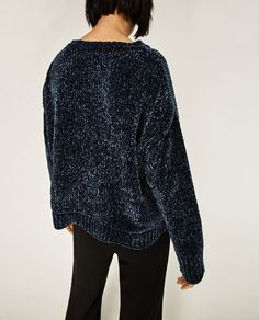 Image 5 of CROPPED ROUND NECK SWEATER from Zara