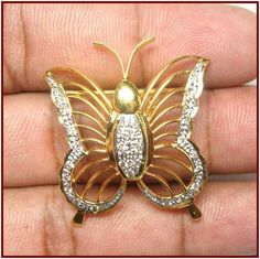 """""""Bella""""...only $960 or P42,240!! 0.45ctw DIAMOND 14k GOLD BUTTERFLY BROOCH! Imported, world-class quality, not pre-owned, not pawned, not stolen. We deliver worldwide <3"""
