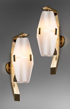 Brass and frosted glass No. 12791 wall lights by Angelo Lelli for Arredoluce Italian Lighting, Luxury Lighting, Sconce Lighting, Cool Lighting, Modern Lighting, Lighting Design, Luminaire Design, Lamp Design, Contemporary Wall Lights